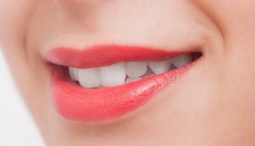 口紅乾燥対策におすすめの口紅!なるべく唇が乾燥しない方法をお探しの方へ