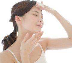 シミを薄くするフラーレン配合化粧品や化粧水美容液、皮膚科を探そう