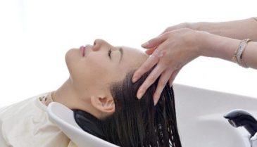 湿気で髪のうねり・広がりに使えるシャンプー 産後のくせ毛にもおすすめ!