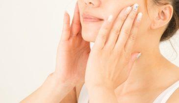 ニキビや乾燥肌にはオーガニッククレンジング!W洗顔不要でさらに快適に